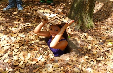 Cu Chi Tunnel And Cao Dai Temple Full Day